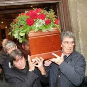 funerali bearzot 23 dic 10.jpg