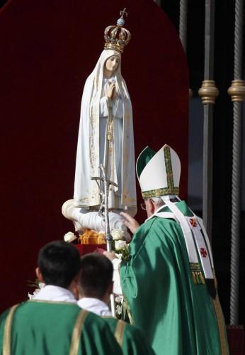 consacrazione del mondo alla madonna, atto di affidamento, video, immagini, Roma 13 ottobre 2013, tv2000, video, youtube, papa francesco, roma,