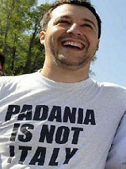 T-SHIRT PADANIA IS NOT ITALY