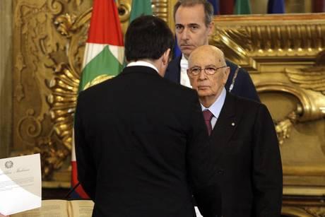 ++ Renzi e ministri giurano, governo in pienezza poteri ++